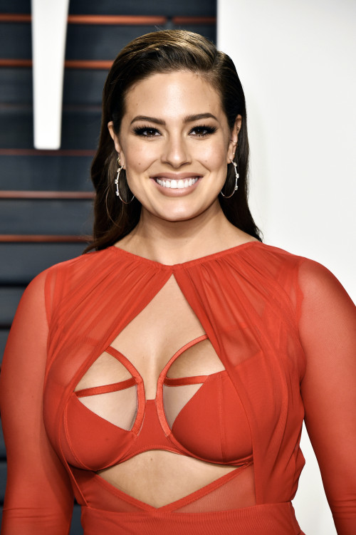 ashley graham oscars