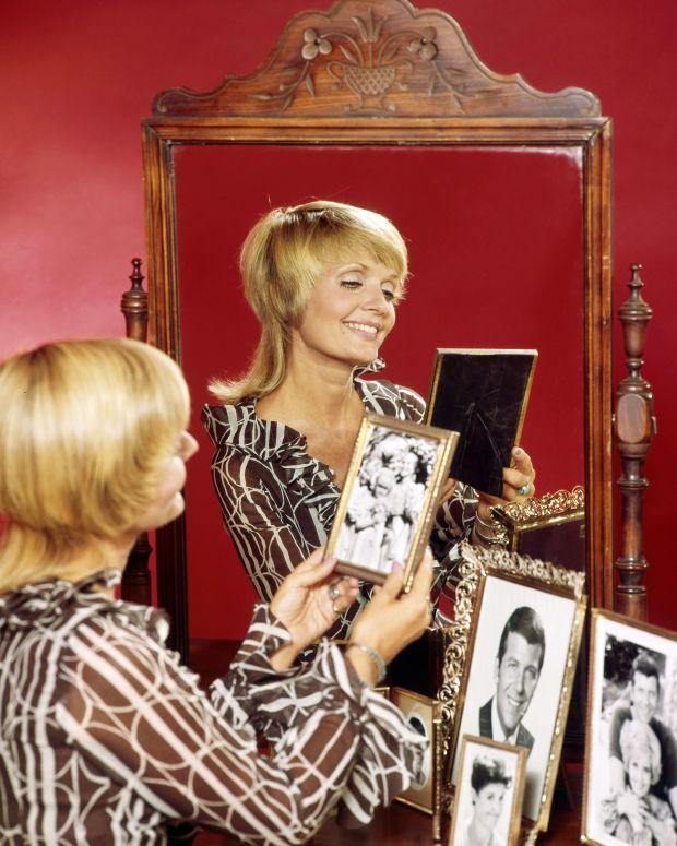 carol-mirror
