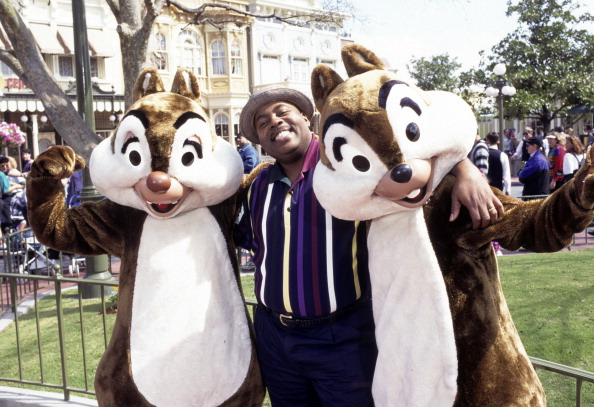 "FAMILY MATTERS - ""We're Going to Disney World"" - Airdate: April 28, 1995. (Photo by ABC Photo Archives/ABC via Getty Images) REGINALD VELJOHNSON;CHIP 'N' DALE"