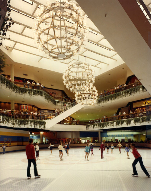 ice skating mall